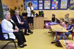 Prezident a první dáma zahájili školní rok v ZŠ T. G. Masaryka