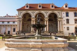 Valdštejnský palác - sídlo Senátu