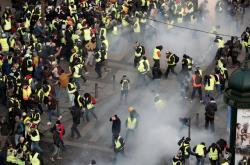 Protesty v Paříži