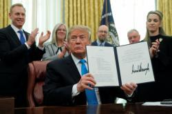 Americký prezident Donald Trump vydal dekret ke zřízení vesmírných sil