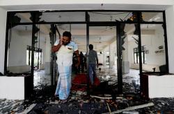 Jedna ze srílanských mešit poničených výtržníky