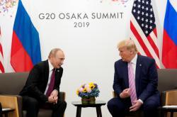 Vladimir Putin a Donald Trump v japonské Osace