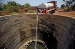 Vysychající studna v Indii