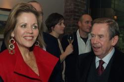 Renée Flemingová a Václav Havel v Pražské křižovatce, 2009