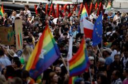 Protest proti násilí na LGBT komunitě