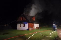 Požár doma v Olešnici na Královéhradecku