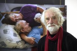 Jindřich Štreit fotí práci mobilního hospice
