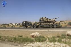 Turecký konvoj blížící se k městu Chán Šajchún