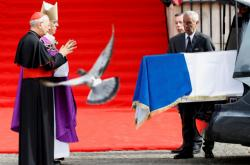 Pařížský arcibiskup u rakve exprezidenta Chiraca