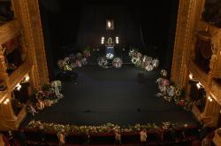 Poslední loučení s Vlastou Chramostovou v Národním divadle