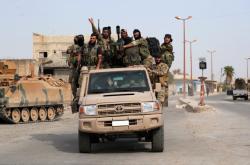 Turecko podporuje část syrských vzbouřenců