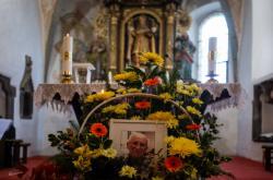 Vzpomínková pohřební mše za protikomunistického odbojáře Josefa Hasila, známého jako Král Šumavy