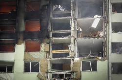 Výbuch plynu v Prešově zničil horní patra panelového domu