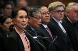Su Ťij na slyšení v Haagu