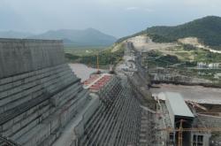 Stavba Velké přehrady etiopského znovuzrození