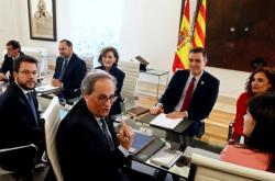 Vyjednávací týmy premiérů Torry a Sáncheze