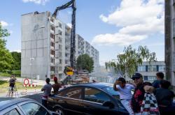Demolice panelového domu