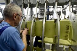 Výroba letounu v Aero Vodochody