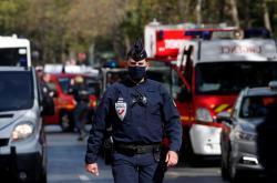 Policie po útoku u bývalého sídla redakce Charlie Hebdo