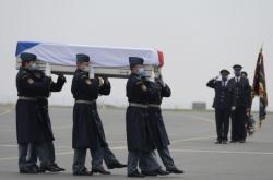 Pieta za padlou vojákyni v pražských Kbelích