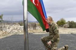 Ázerbájdžánský prezident Ilham Alijev při návštěvě Agdamu
