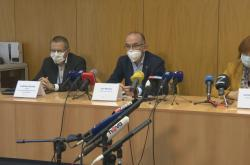 Ministr Jan Blatný k aktuálnímu vývoji epidemie