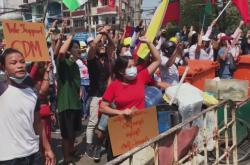 Demonstranti v Myanmaru