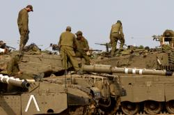 Izraelští vojáci nedaleko hranic s Gazou