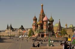 Moskva: rozlehlé náměstí a Bazilika Vasila Blaženého