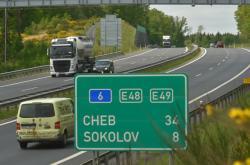 Dálnice D6 v Karlovarském kraji