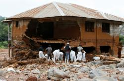 Po sesuvech půdy v Sieře Leone