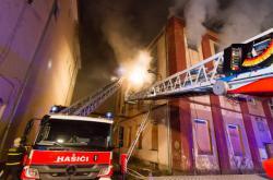 Požár bývalé textilky Karnola