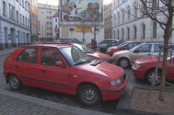Zaparkovaná auta v centru Brna