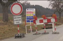 V krajích po zimě začaly opravy silnic druhých a třetích tříd