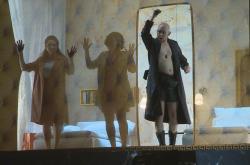 V opeře Cosi fan tutte vystupuje pouze šest postav