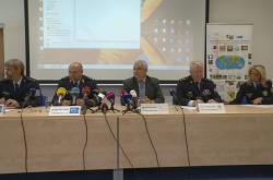 Tisková konference k zátahu proti neoprávněnému nakládání s těly tygrů
