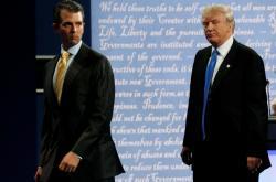 Donald Trump jr. se svým otcem během předvolební kampaně v roce 2016