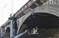 Kontrola Hlávkova mostu