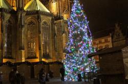 Vánoční trhy za katedrálou sv. Víta