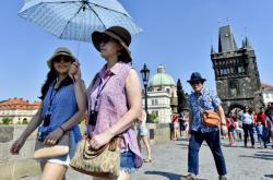Turisté v Praze