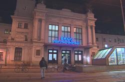 Výluka na brněnském hlavním nádraží začala v neděli