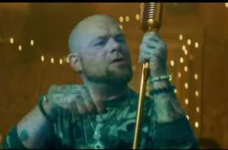 Five Finger Death Punch / Blue on Black