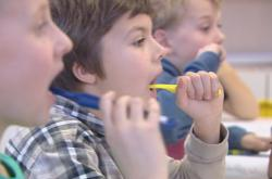 Děti se ve škole naučí pečovat o zuby