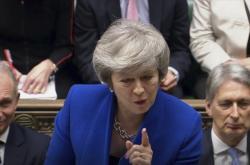 Theresa Mayová v britské Dolní sněmovně