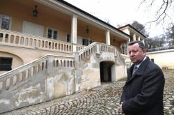 Antonín Staněk před Bertramkou