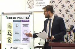 Jakub Michálek představuje plán Pirátů na regulaci prostituce
