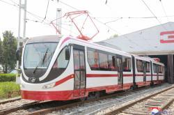 Nová tramvaj v KLDR