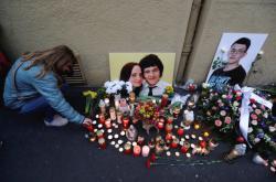 Slovensko si připomíná rok od vraždy Jána Kuciaka a jeho snoubenky