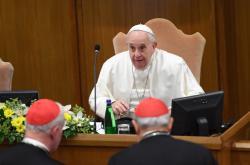 Papež František během summitu k zneužívání v cíkrvi