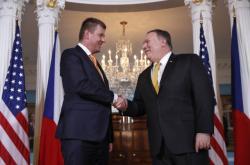 Český ministr zahraničí Tomáš Petříček na setkání se svým americkým protějškem